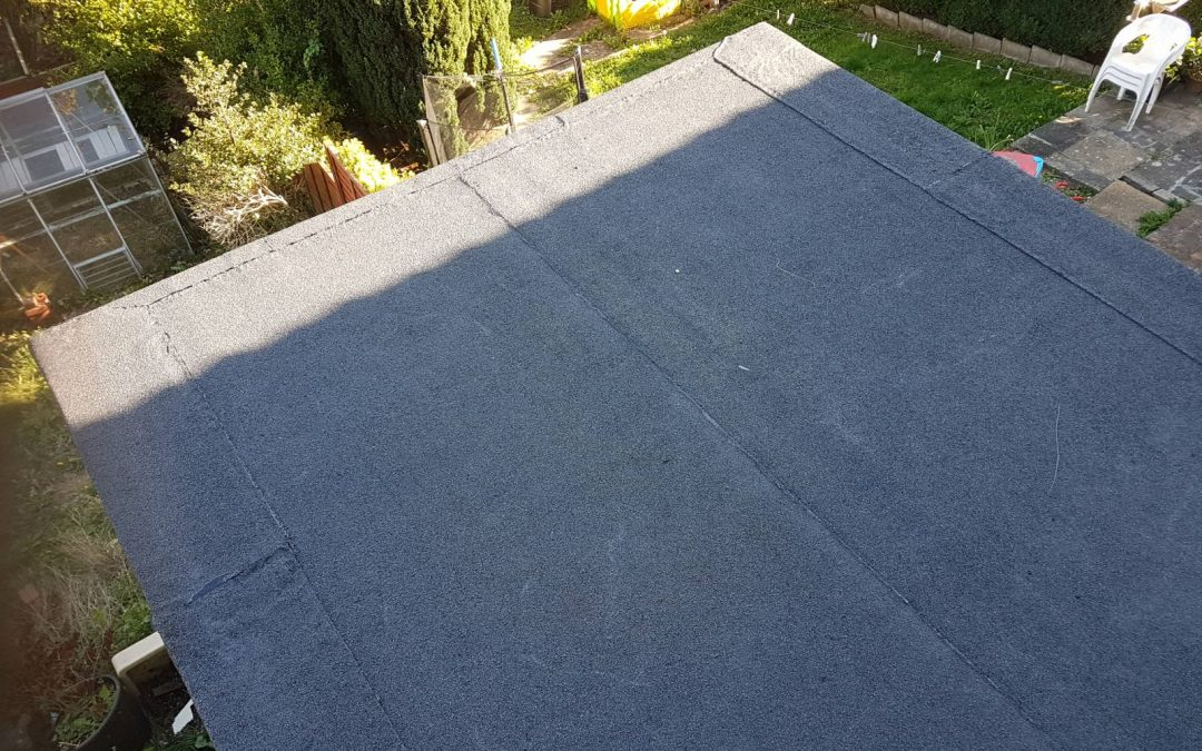 Things you should know about the Flat Roofer from Professionals